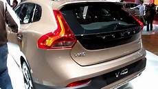 Volvo V40 Cross Country Opening Tailgate And Checking The