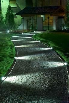éclairage de jardin all 233 es de jardin cr 233 atives pour votre ext 233 rieur jardin