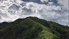 Pemandangan Air Terjun Dan Pegunungan Termegah Di Aceh