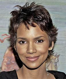 halle berry short straight casual hairstyle dark chocolate hair color