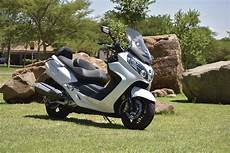 review sym maxsym 600i ride review sym maxsym 600i abs sym south africa
