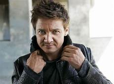 renner reveals some the bourne legacy details geektyrant