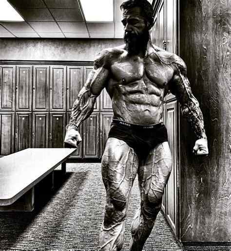 Greek Bodybuilder Statue