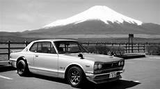 nissan 2000 gtr 1970 nissan skyline 2000 gt r in front of mount fuji