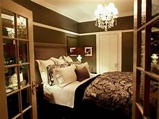 Diy Decorating Ideas For Master Bedroom by Decorating A Tiny Master Bedroom Diy Small Master Bedroom