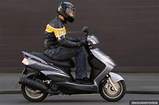 Yamaha Cygnus 125 - yamaha cygnus x125 the scooter review