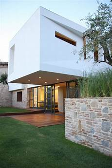 The Mediterranean Charm Of The Paeco House From Castel Di Lima