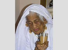 """Muslim Old women """" Ithatha"""" in their traditional attire"""