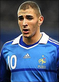 hairstyles design for men haircuts buzz cut hairstyle genius football players karim benzema
