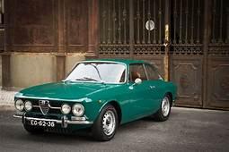 Alfa Romeo 1750 GTV  • OLD CARS & MOTORCYCLES