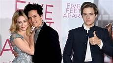 Cole Sprouse Freundin - cole sprouse gets sweet praise from lili