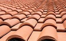 toiture tuile mecanique prix la toiture en tuiles de terre cuite une couverture