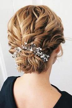 27 short hairstyles to wear at the christmas party hairs