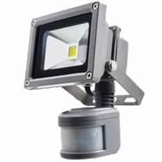 eclairage exterieur avec radar eclairage radio command 233 simple et pratique automatisme