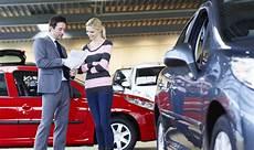 achat véhicule occasion particulier achat d un v 233 hicule d occasion entre particuliers comment ne pas se faire arnaquer lesfurets