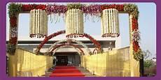 indian wedding decoration ideas wedding planner indian wedding hall and mandap entrance