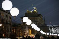berlin wall light balloons 8 000 balloons light up berlin wall as germany marks 25 years since its fall daily mail online