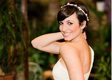 Model Rambut Untuk Ke Pesta Pernikahan Teman