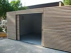 garage aus holz tolle ideen f 252 r modernen wandschmuck gartenhaus design