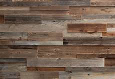 rivestimenti pareti in legno rivestimento in legno da parete con superficie irregolare