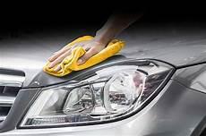 re levage voiture les produits de nettoyage le lavage de voitures camions
