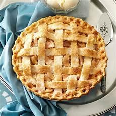 apple pie rezept lattice topped apple pie recipe taste of home