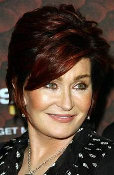 modern hairstyles for over 40 years old woman 99