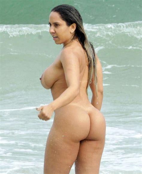 Naked Beach Models