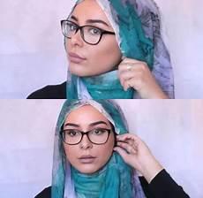 22 Top Model Jilbab Wisuda Untuk Berkacamata