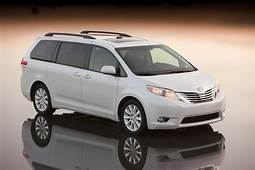 2011 Toyota Sienna Gets Auto Access Seat  Photos 1 Of 11