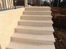 pavimenti per scale esterne 187 piastrelle per scale esterne