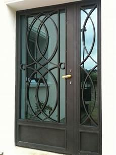 porte d entrée en metal porte en fer forg 233 fachada portas port 245 es grade