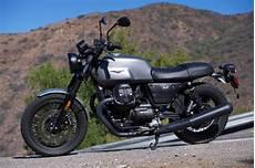 moto guzzi v7 iii 2018 moto guzzi v7 iii review 10 fast facts