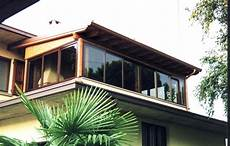 terrazzo in legno balcone in legno per esterni con rivestimenti in legno