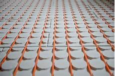 elektrische fußbodenheizung lebensdauer elektrische fu 223 bodenheizung ein klassiker in vielen