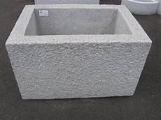 wassertrog aus beton selber machen steintr 246 ge brunnen steinwelt rihs