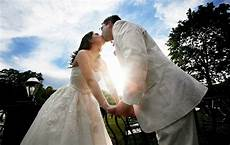 21 ideas for a frugal not cheap wedding on a budget the simple dollar