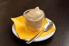 ricetta crema pasticcera alla nocciola crema pasticcera alla nocciola la ricetta per preparare la crema pasticcera alla nocciola