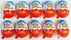 10 Kinder Eggs Unwrapping