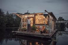 vivre dans une cabane 55967 vivre dans une cabane flottante pour l amour de l openminded