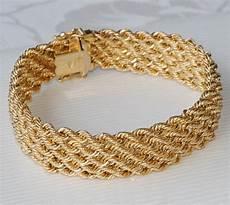 bracelet en or femme splendide bracelet gourmette maille tressee en or jaune