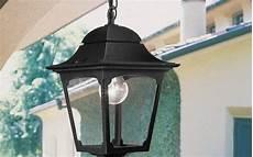 illuminazione da esterno a parete illuminare terrazzi e balconi con applique per esterno