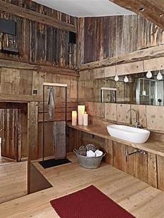 17 Chic And Wooden Bathroom Interiors