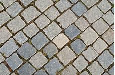pflastersteine verlegen preise hochwertige baustoffe naturstein pflastersteine verlegen