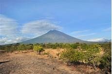 Meer Dan 14 000 Balinezen Op De Vlucht Voor Vulkaan Agung