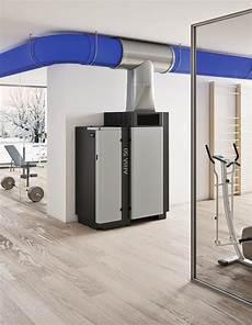 stufe a pellet per capannoni caldaia pellet cal 242 r 50 50kw ventilata in