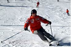 michael schumacher unfall michael schumacher in stable condition following skiing
