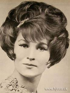 hair on pinterest big hair helmets and 1960s pin on fashion 1960 s hairstyles