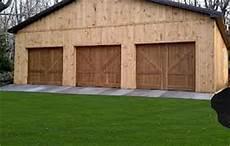 garage aus holz holzgarage mit nat 252 rlicher optik omicroner garagen