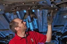 auto inspektion wie oft inspektion selbst gemacht autobild de